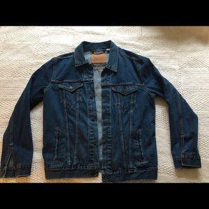 Men's Large Levi's Trucker Denim Jacket